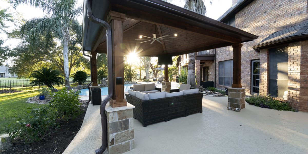 standalone covered patio